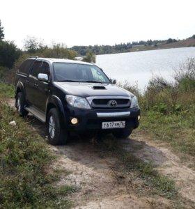 Toyota Hilux, 2011