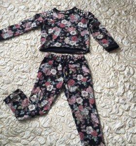 Стильный костюм Mothercare 104-110