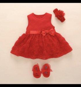 Платье + пинетки на девочку