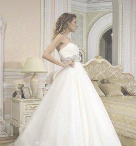 Распродажа топовых свадебных платьев.