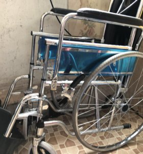 Инвалидное кресло с туалетом