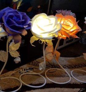 Светильник «роза» ручной работы