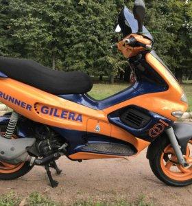 Gilera runner 200 скутер мопед