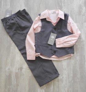 Костюмы (жилет, рубашка, брюки)