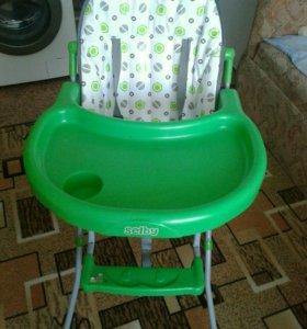 Кресло-столик для кормления