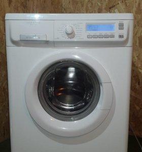 Прелестная стиральная машина Electrolux 45 см 5 кг