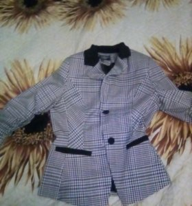 Пиджак новый 48