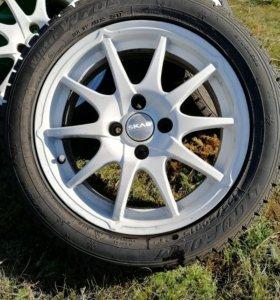 Комплект зимних шин с литьём