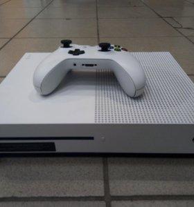 """Игровая приставка """"Xbox One S"""""""
