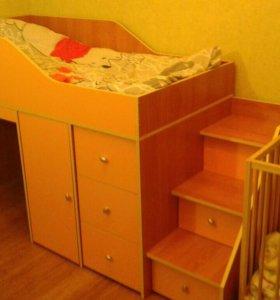 СРОЧНО! Продается детская кровать чердак