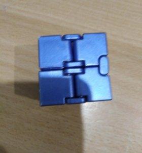 Бесконечный кубик