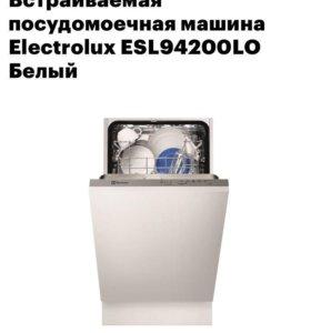 Посудомоечная машина Electrolux ESL94200LO белый