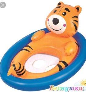 Круг для плавания с сиденьем новый