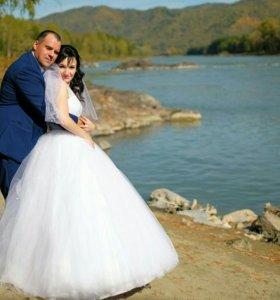 Продам свадебное платье и шубку