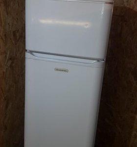 Несравненный холодильник Ariston 165 см + подарок