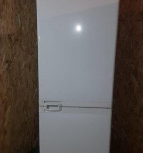 Обалденный холодильник Bosch 185 см + подарок