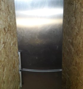 Бесподобный Холодильник Whirlpool (нержавейка) 2м
