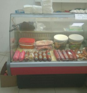 Витриный холодильник