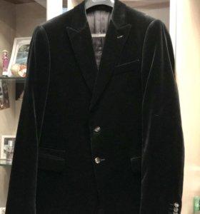 Мужской пиджак Moschino