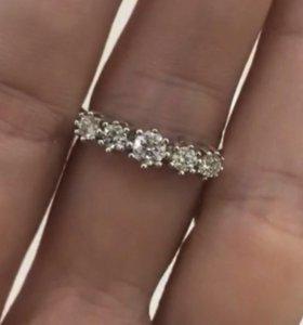 Бриллиантовое кольцо «Корона».
