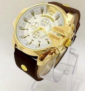 Продам часы стильных мужчин
