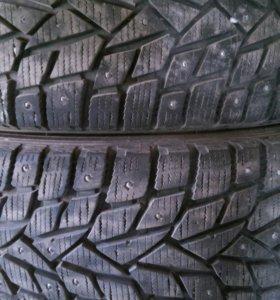 Продам комплект зимних шин 255/60/18 Dunlop 112Т