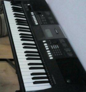 Синтезатор Yamaha PSR 423 Рабочая станция