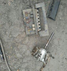 Рулевой редуктор, блок предохранителей 2105- 07