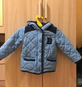 Курточка на мальчика в хорошем состоянии)