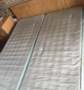 Продаётся кровать и тумба для белья