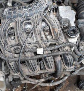 Двигатель ,сиденья ,колеса