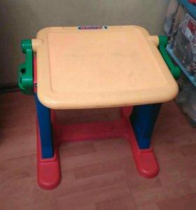 Детский стол.