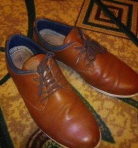 Туфли 43 р в отличном состоянии