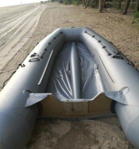 Лодка титан 440