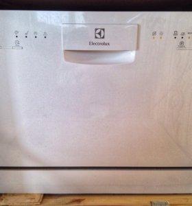 Новая посудомоечная машина Electrolux