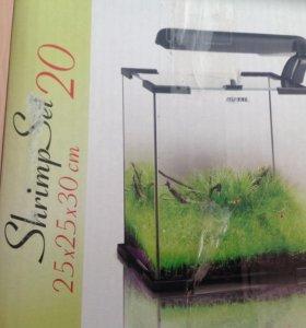 Продаю аквариум. Подходит для мелких рыб.