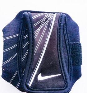 Напульсник Nike для мр3 или телефона