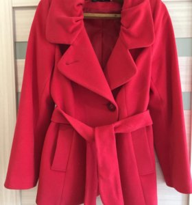 Пальто укороченное приталенное размер 44-46
