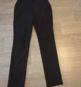 Теплые зимние брюки для беременных офисные