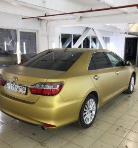 Оклейка авто в золотой цвет для такси
