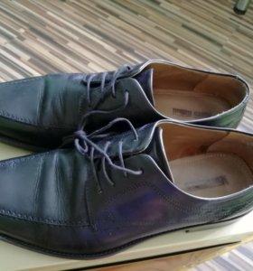 Продам кожаные туфли