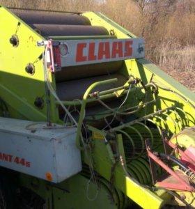 Пресс-подборщик рулонный Claas Rollant 44