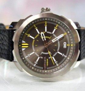 Новые часы Diesel DZ 1786