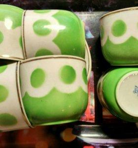 Фарфоровый набор чашек