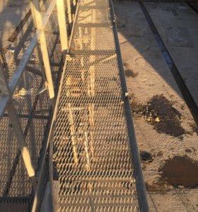 Железные лестницы и трапики