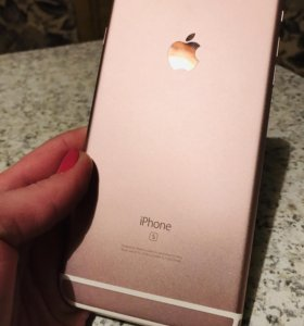 Продам iPhone 6s plus RoseGold