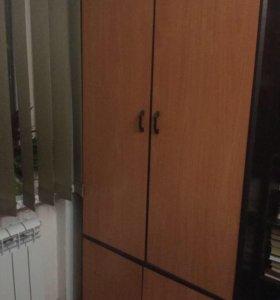 Шкаф с полками