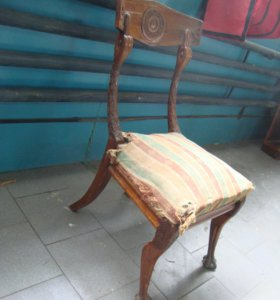 Кресло из массива красного дерева сороковых годов