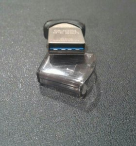 USB 128Gb SANDISK Ultra Fit