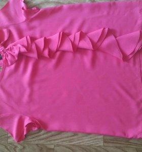 Красивая блуза .цвет фуксия